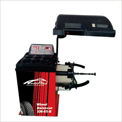 AUTO PLUS Two Wheeler Digital Wheel Balancer