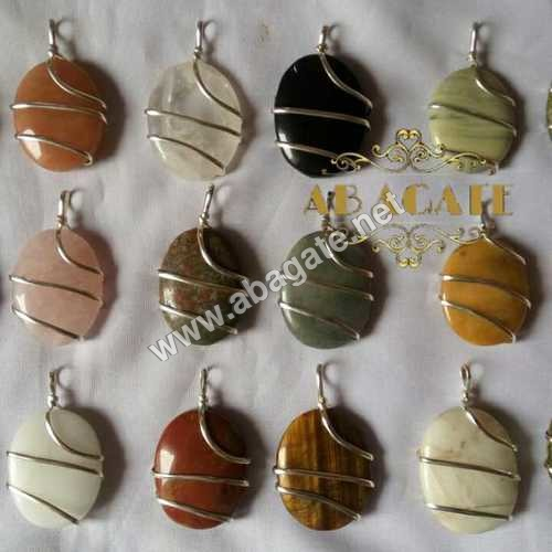 Oval pendent