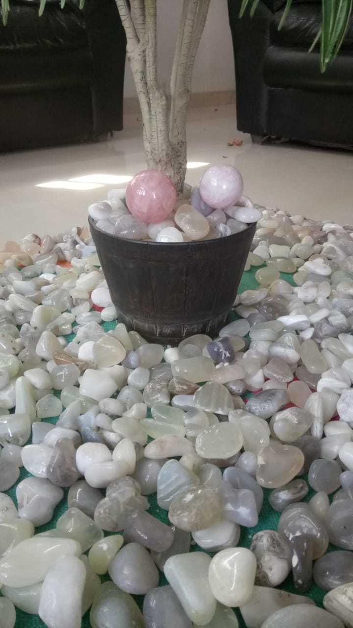 wholesale natural agate pebble for plants and garden