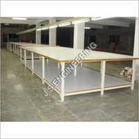 Cloth Cutting Table