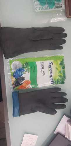 Senstouch Black Rubber Gloves