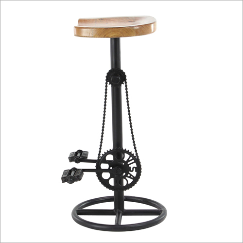 Iron Pedal And Gear Bar Stool With Wooden Seat