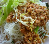Thai Rice Noodles (Khun Poj)