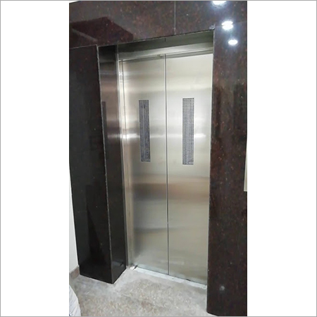 Showroom Elevator