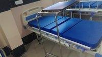 UMS - 721 Semi Fowler Manual Bed