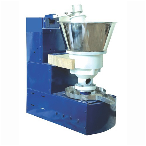 V.O.C Semi Automatic Oil Extraction Machine