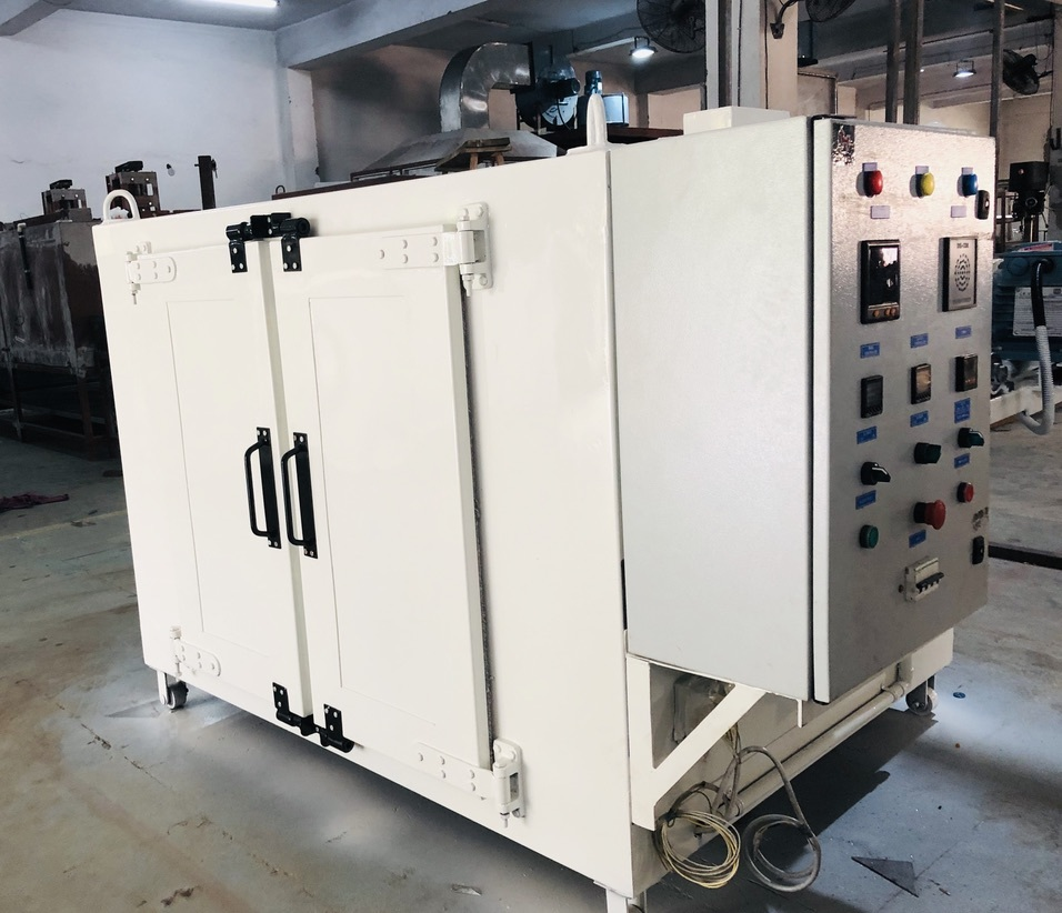 Batch Oven With Tray