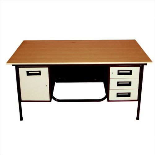 Steel And Woodedn Office Table