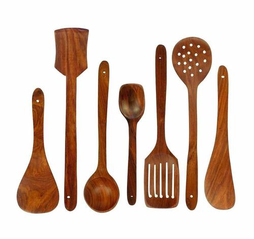 Wooden Spoon Set of 7   2 Frying, 1 Serving, 1 Spatula, 1 Chapati Spoon, 1 Desert, 1 Rice