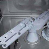 Rack Conveyor Type Dishwasher - RC 152 PLUS