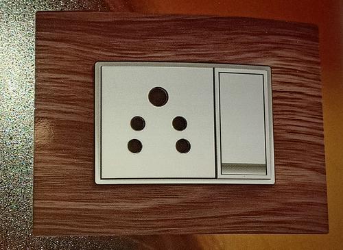 Modular Plates