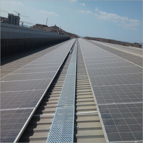 Solar Rooftop Walkway System