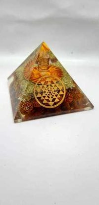 ORGONE RUDRAKSHA IN URJA YANTRA LOGO WITH SHREE YANTRA LOGO PYRAMID