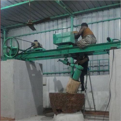 Pillar Type Stone Chekku Oil Extraction Machine