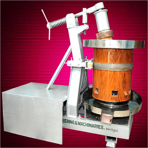 Marachekku Wooden Oil Extraction Machine