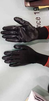 cut resitant black on balck gloves