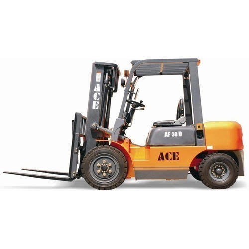 ACE FORKLIFT 3 TON ON RENT