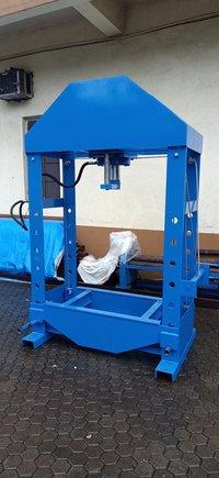 Motorised Hydraulic Press Machine