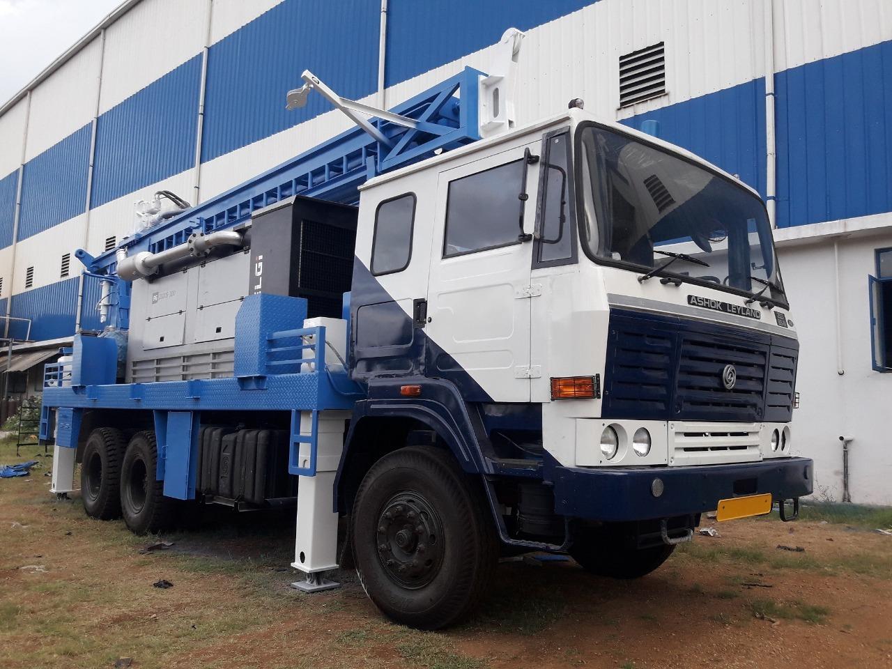 Borewell Drilling Truck