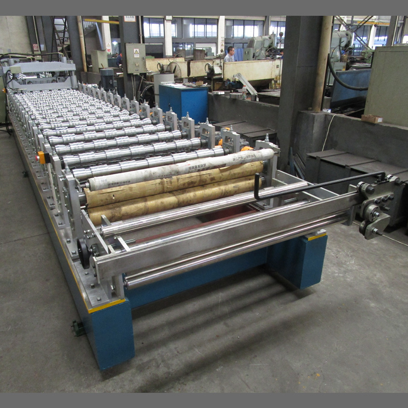 High Speed Step Tile roll forming Machine with Gear Box Transmission