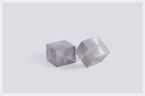 Controlled Expansion Ce Alloy