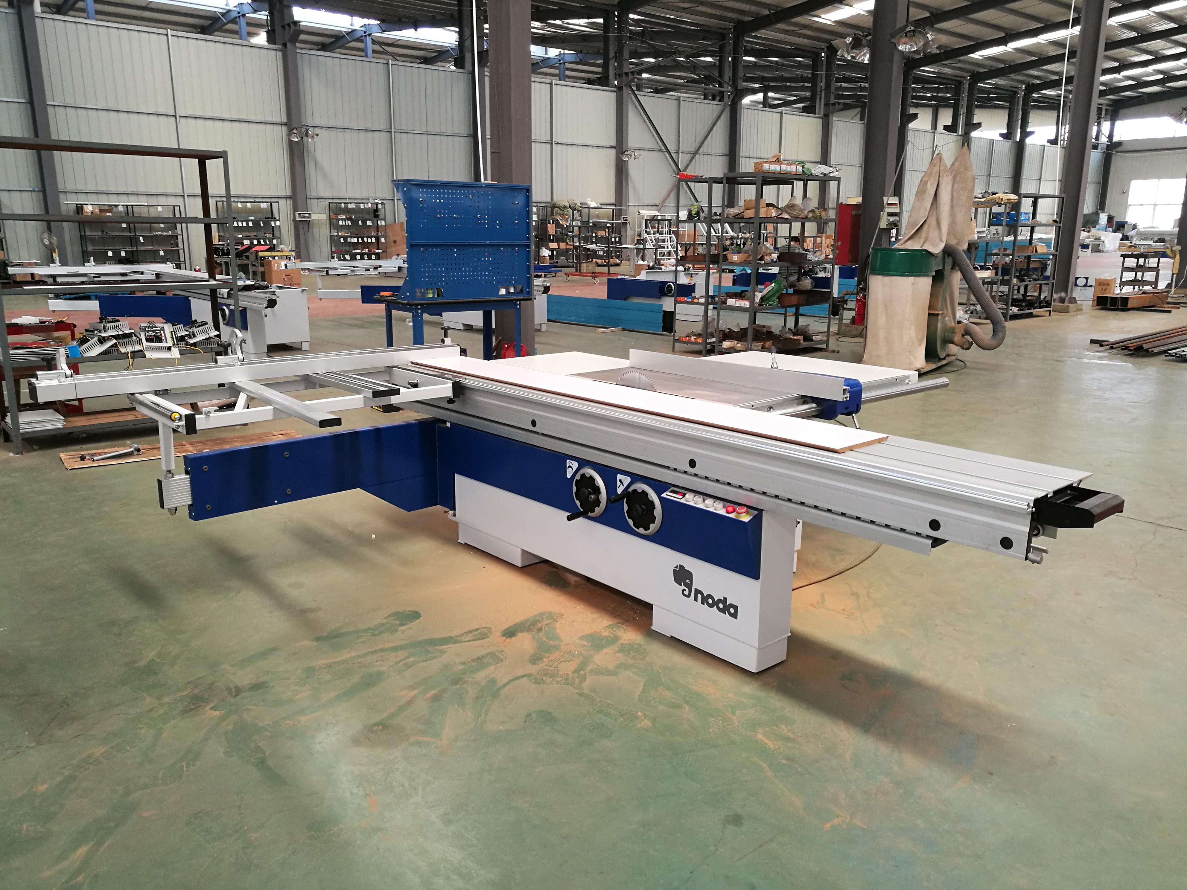F45-320E Sliding Table Saw Machine