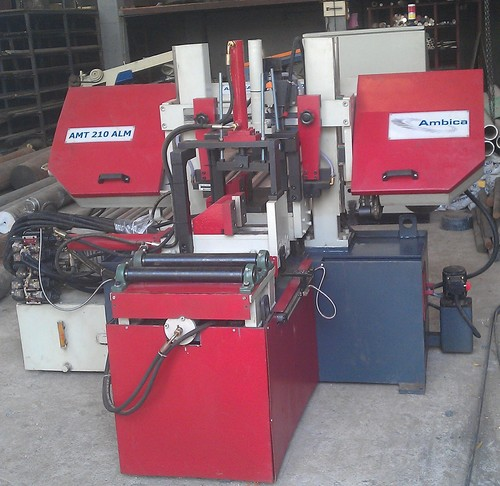 Double Column (LMG) Fully Automatic Band Saw
