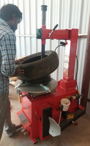 Two and Four Wheeler Tyre Changer