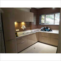 Plain Modular Wooden Kitchen