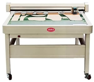 Flatbed Cutting Plotter with Automatic Puller