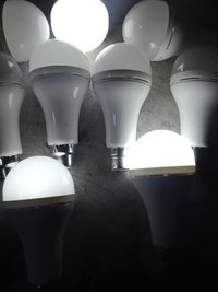 15 W RECHARGEABLE LED BULB