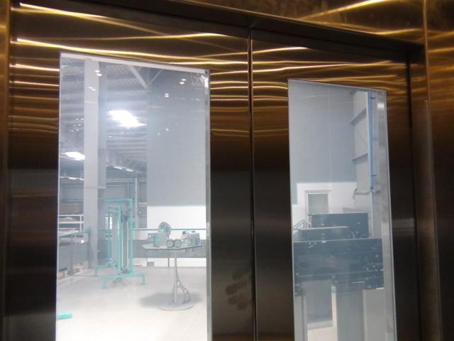 Big Vision Fermator Glass Door