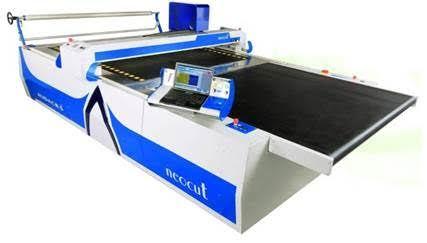 Automatic Fabric Laying Cutting Machine
