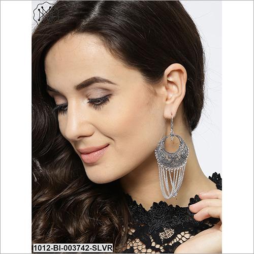 Ladies Hanging Earring