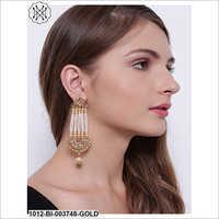 Ladies Fancy Hanging Earring