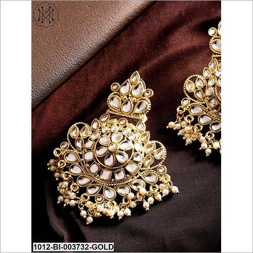 Ladies Studded Fancy Earring