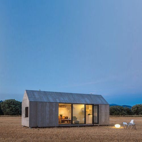 Portable Wooden Farm House