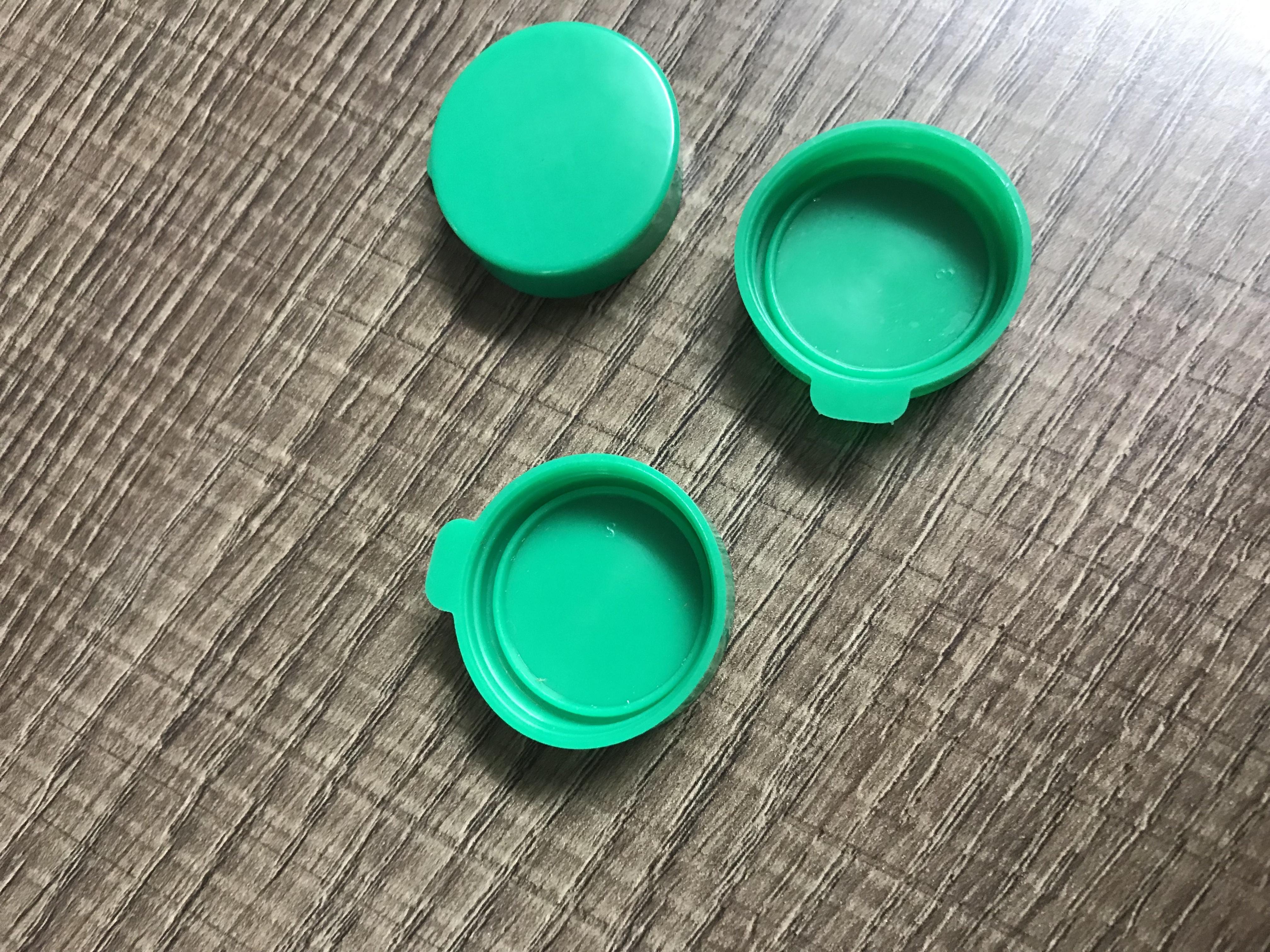 Mucus Simple Cap PVC