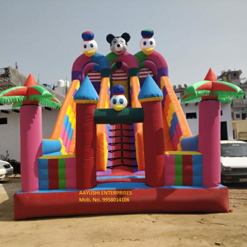 Inflatable Sliding Face in 3 Door
