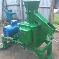 Animal Feed Pallet Machine