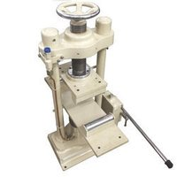 Hand Operated Flexural Testing Machine