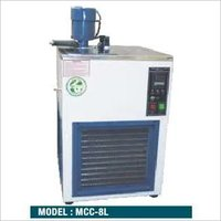 CRYOSTAT CIRCULATING BATH / CHILLER