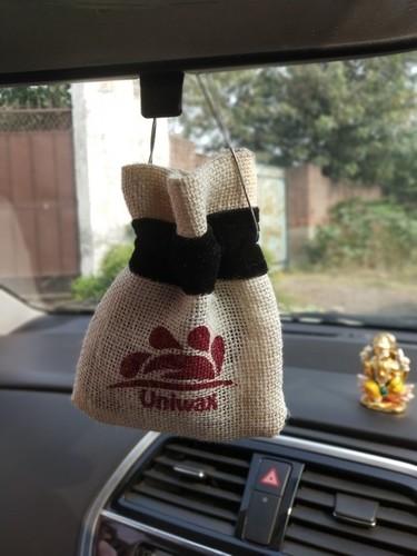 car perfume hanging