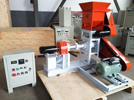 WIPL Sinking fish Feed Machine,Capacity - 200 kg/hr