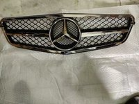 Mercedes Replacement Front Grill