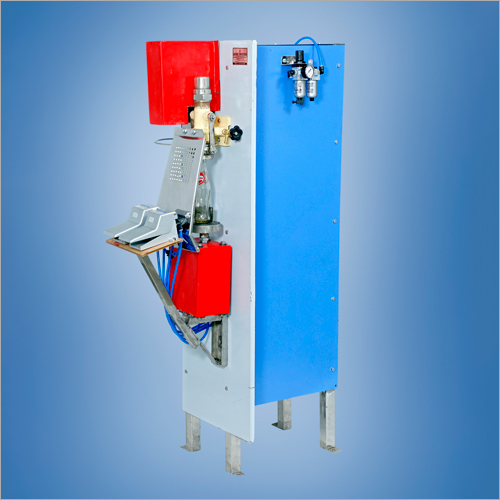 Pneumatic Glass Bottle Soda Filling Machine