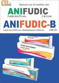 Beclomethasone Dipropionate 0.025% w/w + Fusidic Acid 2% w/w