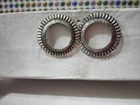 Round silver earring