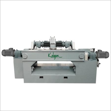 SPINDLELESS ROTARY PEELING MACHINE (1300-BDW-FL)