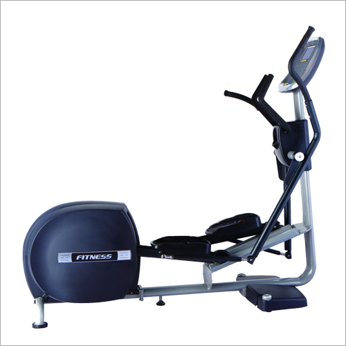Cross Trainer With Ramp